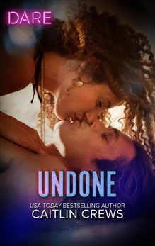 Undone: A Holiday Fling Romance, Crews, Caitlin